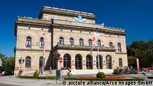 Staatstheater, erbaut 1861, florentinische Fruehrenaissance, Braunschweig, Niedersachsen, Deutschland / Frührenaissance