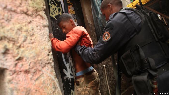 Symbolbild Jugendkriminalität in Brasilien