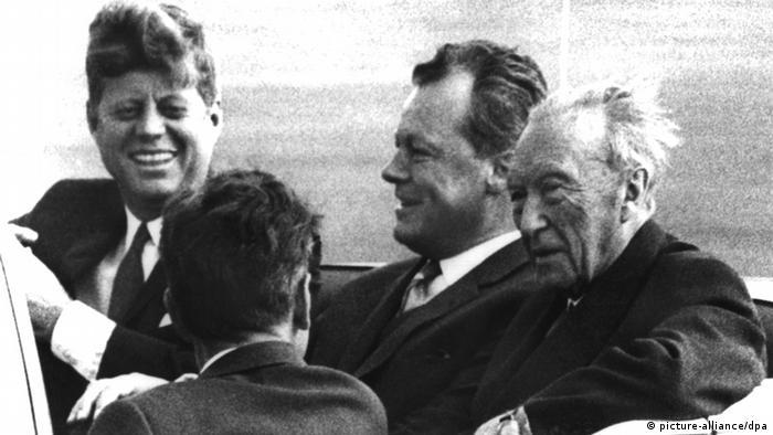 Натянутые отношения с Конрадом Аденауэром