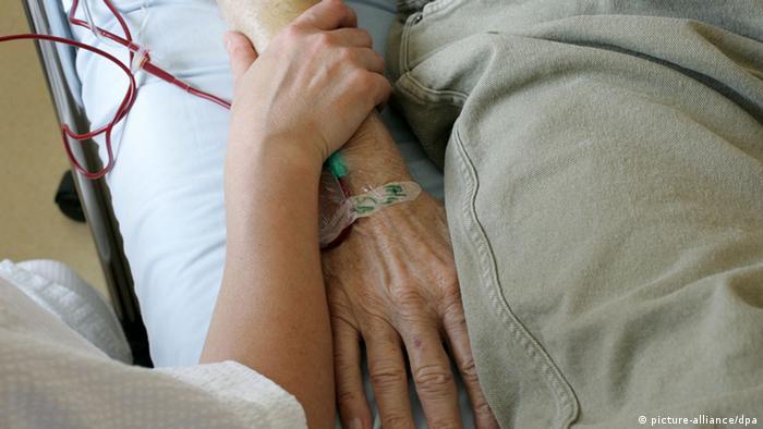 Symbolbild Sterbehilfe Euthanasie (picture-alliance/dpa)