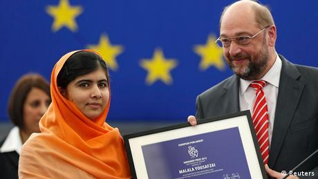 Malala Europaparlament Sacharow Preis 2013 mit Martin Schulz