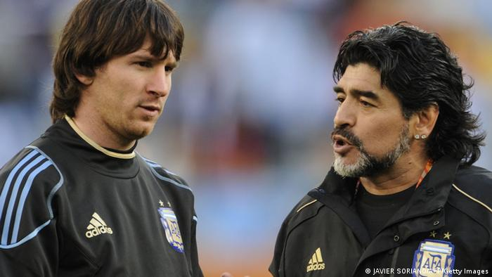 Lionel Messi Diego Maradona (JAVIER SORIANO/AFP/Getty Images)