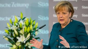 Angela Merkel at a press conference. (Photo: Hannibal/dpa)
