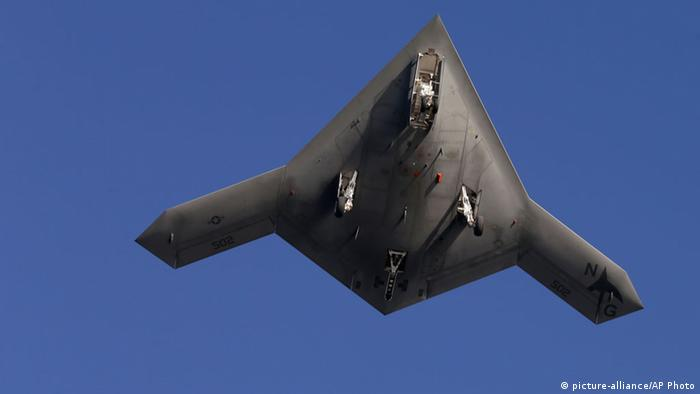 Kampfdrohne X-47B - Foto: Steve Helber (AP)