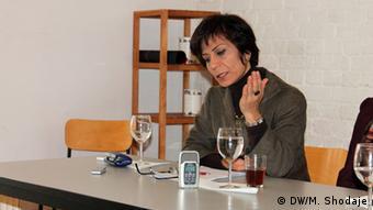ICAVI Veranstaltung Köln Mansoureh Shojaee (DW/M. Shodaje)