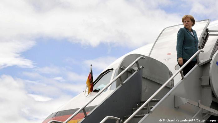 Ангела Меркель на трапе самолета
