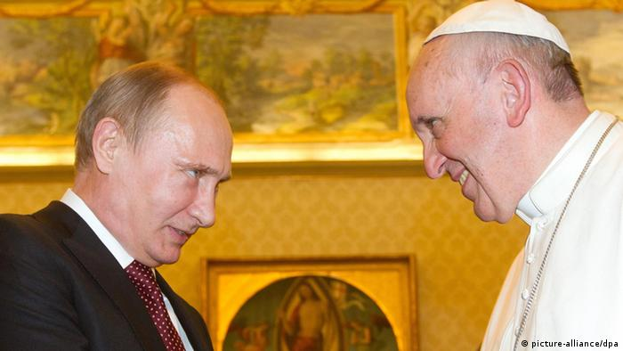 Vladimir Putin and Pope Francis in the Vatican in November 2013