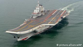 Chinas erster Flugzeugträger Liaoning. (Foto: AP)
