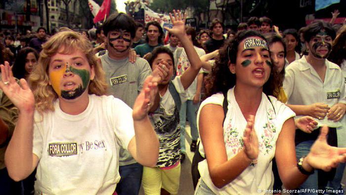 Caras pintadas protestam contra Collor
