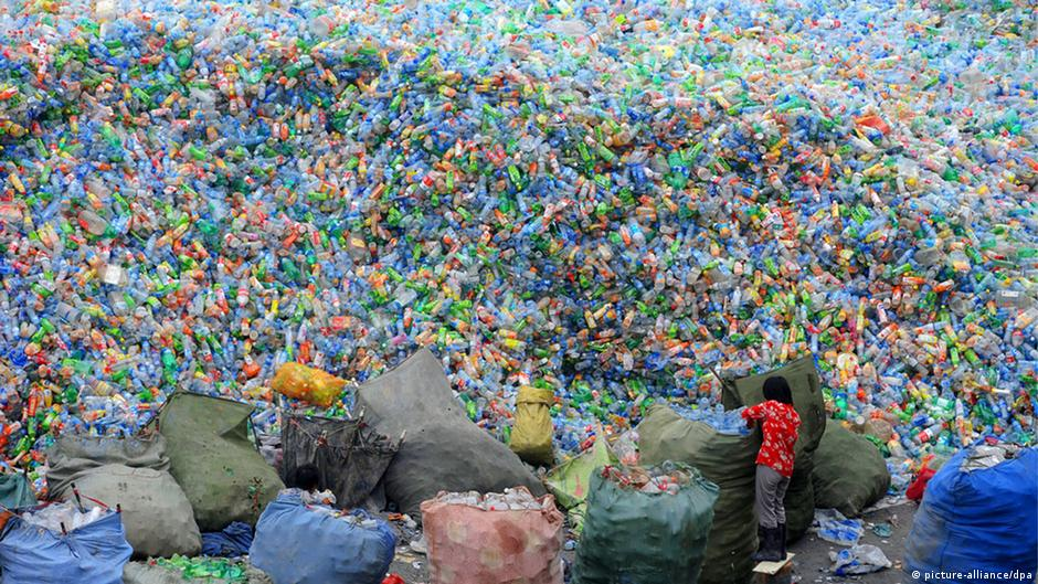 Plastic bottle recycling in China
