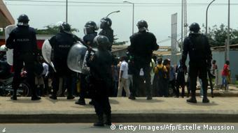 Demonstration gegen die Ermordung zweier Oppositioneller in Luanda