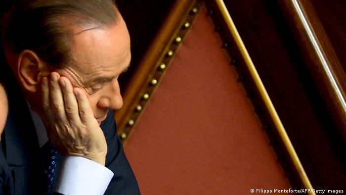 Silvio Berlusconi niedergeschlagen (Filippo Monteforte/AFP/Getty Images)