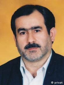 دکتر محمد رئوف قادری، نماینده سابق مجلس شورای اسلامی: بخشی از اعضای دولت معتقدند که از استانداران اهل سنت و کرد استفاده کنند اما بخش دیگر هنوز هم نمیتوانند این مسئله را بپذیرند