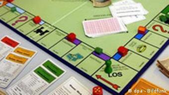 Monopoly-Spielbrett (Foto: dpa)