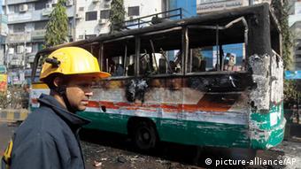 Dhaka Bus Brandanschlag Unruhen Opposition 29.11.2013