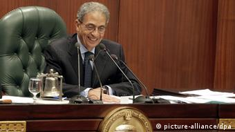 epa03971651 The head of the Egyptian 50-member comittee Amr Moussa during the first day of vote on the draft costitutional charter of the country, at the Shoura Council, Cairo, Egypt, 30 November 2013. Voting on a draft constitutional charter, which the opposition says would boost the army's hold on power, started 29 November, among members of a commission tasked with the rewriting job. Members have already approved 50 articles of a total 247 articles through electronic voting. The process, broadcast live on state television, is expected to continue for about two days. EPA/AMEL PAIN