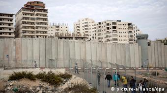 Ost-Jerusalem Ras Khamis Mauer Gebäude