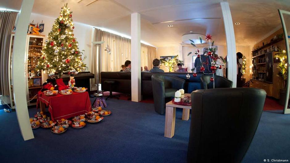 weihnachten allein deutschland dw com. Black Bedroom Furniture Sets. Home Design Ideas