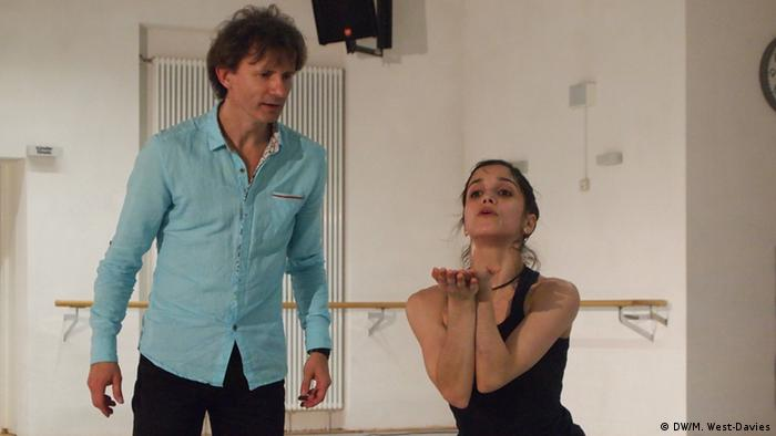 Mario Schröder instructs dancer Laura Costa Chaud