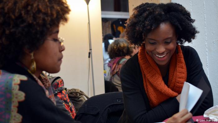 Krauselockede Das Afrodeutsche Webportal Kultur Dw 05012014