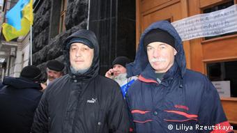 Олег Саюк (справа)
