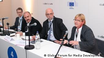 Capturing the Potential of Media in the Post 2015-Process