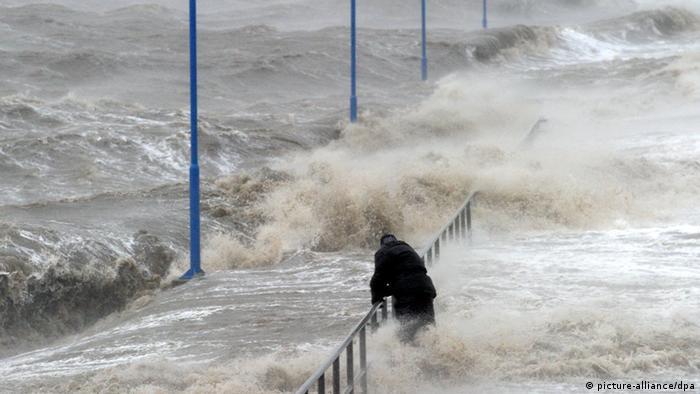"""Картинки по запросу """"фото урагана в голландии- 2020"""""""