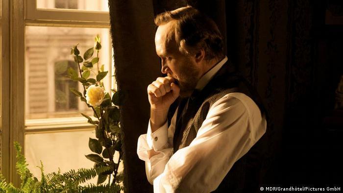 Кадр из телесериала Достоевский