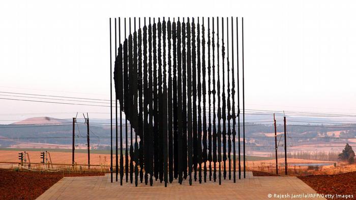 Mandela Skulptur Marco Cianfanelli