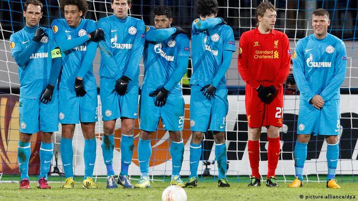 Rußland England Fußball Zenit St. Petersburg gegen FC Liverpool