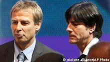 Jürgen Klinsmann und Joachim Löw bei der WM-Auslosung