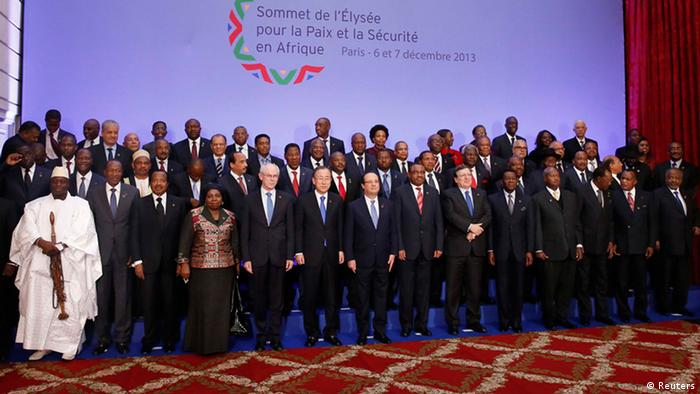 Group photo of the UN Africa summit in Paris in December 2013