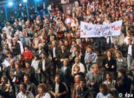Manifestantes em Leipzig