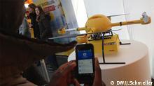 Beschreibung: Paketcopter der Deutschen Post DHL Aufnahme: Johanna Schmeller, DW Datum 9.12.2013 Ort: Bonn