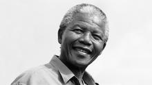 12.2013 DW Liveübertragung Trauerfeier Nelson Mandela Portrait