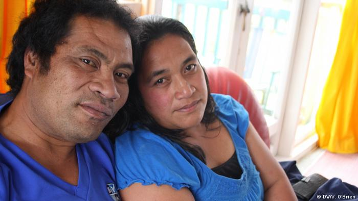 Ioane Teitiota and his wife, Angua Erika. Copyright: Vanessa O'Brien/DW