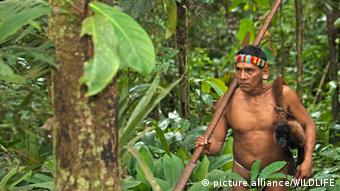 Tage Kaiga vom Volk der Huaorani im ecuadorianischen Yasuni-Nationalpark