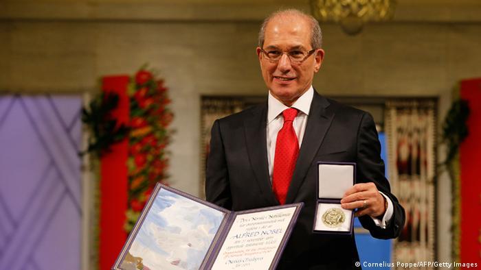 Nobelpreisverleihung 10.12.2013 Ahmet Uzumcu (Cornelius Poppe/AFP/Getty Images)