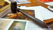 Auktions-Hammer im Auktionshaus Peter Karbstein