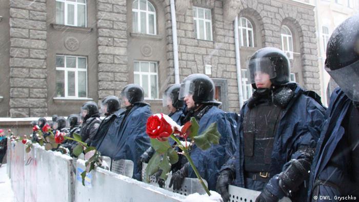 Україна, ЄС, Євромайдан, Київ, протести, Азаров, Янукович, уряд