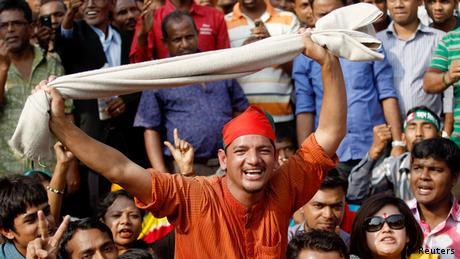 Dhaka Urteil Abdul Quader Mollah 12.12.2013 (Reuters)