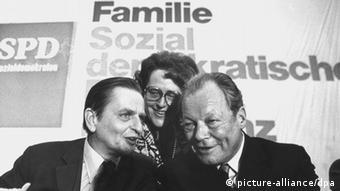 Με τον πρώην γερμανό καγκελάριο Βίλυ Μπραντ το 1976