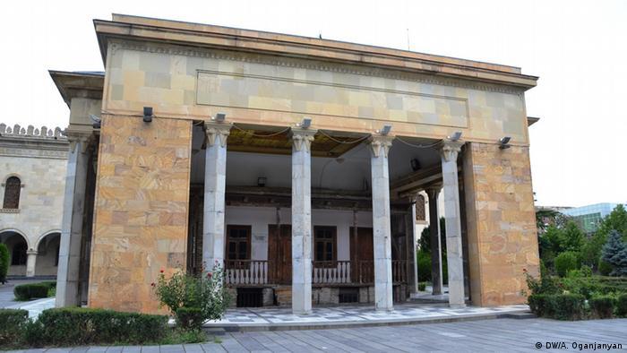 Родната къща на Сталин в Гори