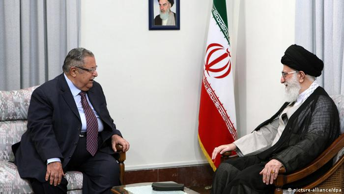 Irans oberster Führer Ajatollah Ali Chamenei im Gespräch mit Dschalal Talabani