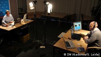 Live Video-Session (Foto: DW Akademie/Steffen Leidel).
