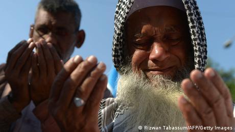 Bangladesch Kriegsverbrecher Molla gehängt - Gebete in PAKISTAN