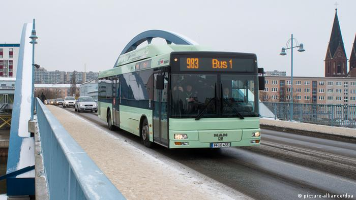 frankfurt s ubice autobus zbli a s siad w polska. Black Bedroom Furniture Sets. Home Design Ideas