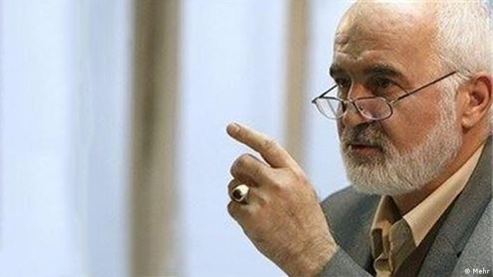 احمد توکلی، عضو مجمع تشخیص مصلحت نظام، فساد را تهدیدی برای بقای جمهوری اسلامی و سستکننده پایه حکومت دانست
