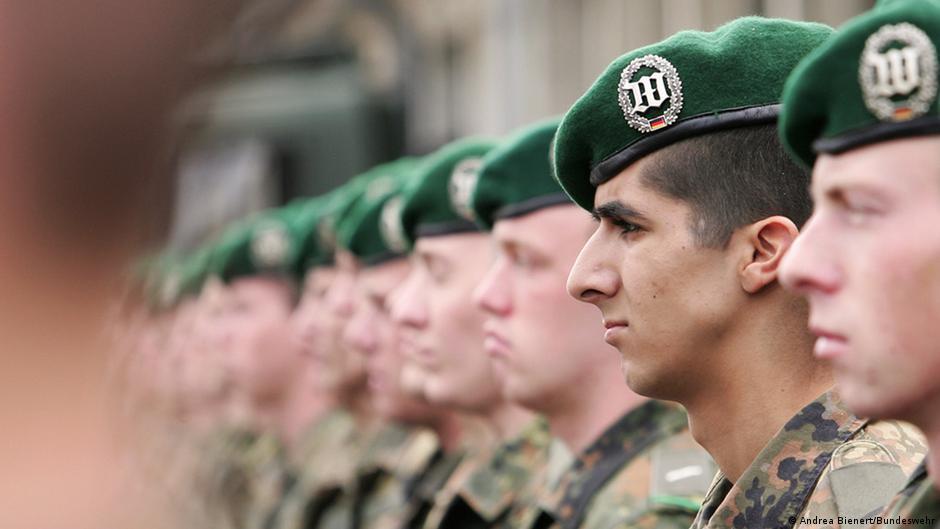 Schwule soldaten kennenlernen