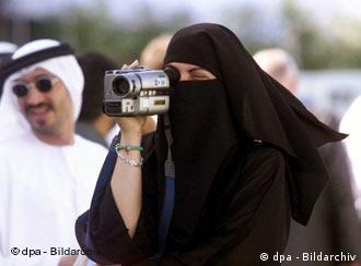 Dubai frauen kennenlernen